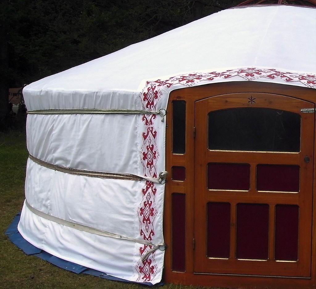 anansi yurts Detail trevira hoes