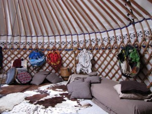 interieur yurt anansi